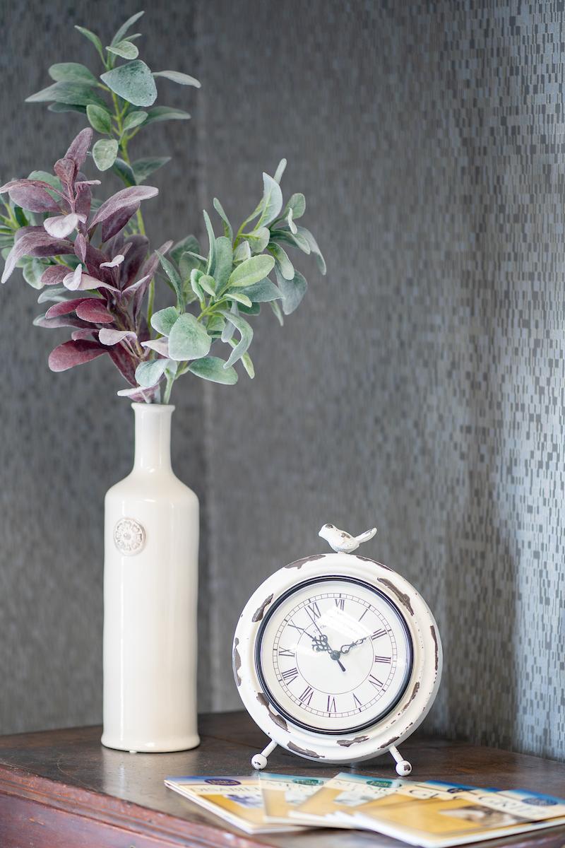 clock inside bowling green branch